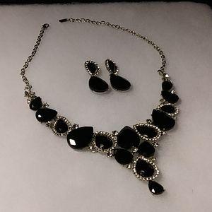 🖤Black Crystal & Rhinestone Necklace & Earrings